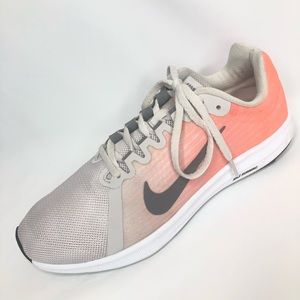 Nike downshifted 8 coral & grey shoe, size 9.5